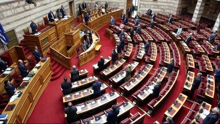 Βουλή: Συνεχίζεται στην Ολομέλεια η συζήτηση για τις «Ρυθμίσεις οφειλών, πλαίσιο δεύτερης ευκαιρίας»