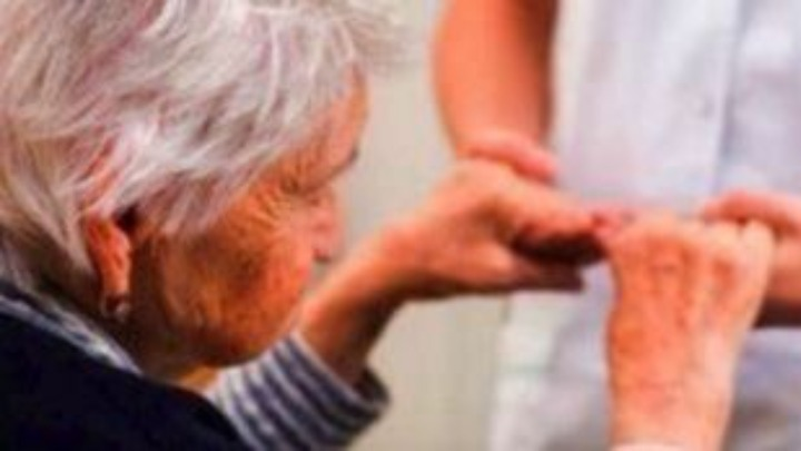 Alzheimer: Στην ιατρική ακριβείας στρέφονται οι ελπίδες για θεραπεία