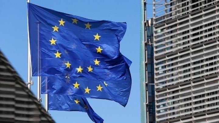 Η ΕΕ προτείνει φορολογικές μειώσεις και ενισχύσεις στα ευάλωτα νοικοκυριά για αντιμετώπιση της ενεργειακής κρίσης