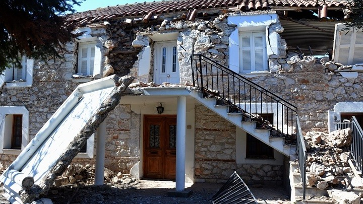 Σεισμική ακολουθία: Σε κατάσταση έκτακτης ανάγκης Τύρναβος, Ποταμιά και Φαρκαδόνα. Άρση ισχύος μέτρων για κορονοϊό από 6/3/2021
