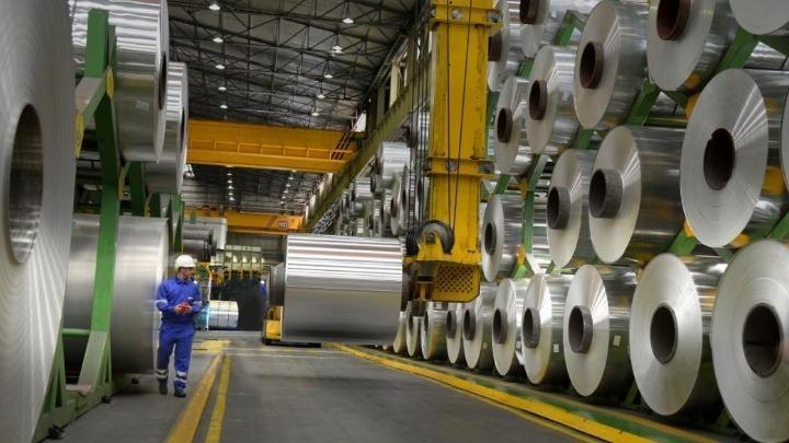 Εμπορικός πόλεμος: Δασμοί αντιντάμπινγκ από ΗΠΑ σε εισαγόμενα φύλλα αλουμινίου από 18 χώρες- Ανάμεσά τους η Ελλάδα