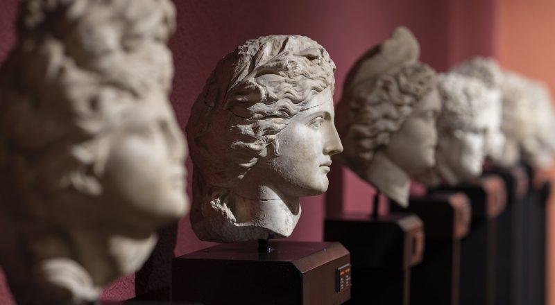 Ανοίγουν μουσεία, θερινά σινεμά και αθλητικές ακαδημίες