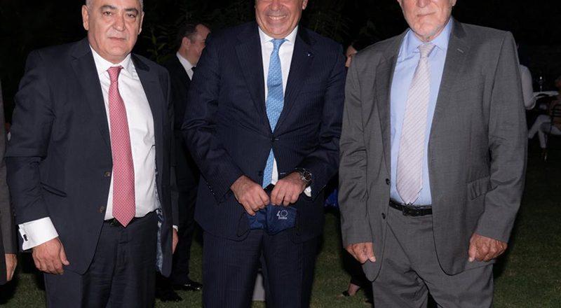 Για ευρωπαϊκά κονδύλια & ΜμΕ συνομίλησαν ο Πρόεδρος του Ε.Ε.Α. και ο Αντιπρόεδρος της Ευρωπαϊκής Επιτροπής Μ. Σχοινάς, στο πλαίσιο της γιορτής της Δημοκρατίας