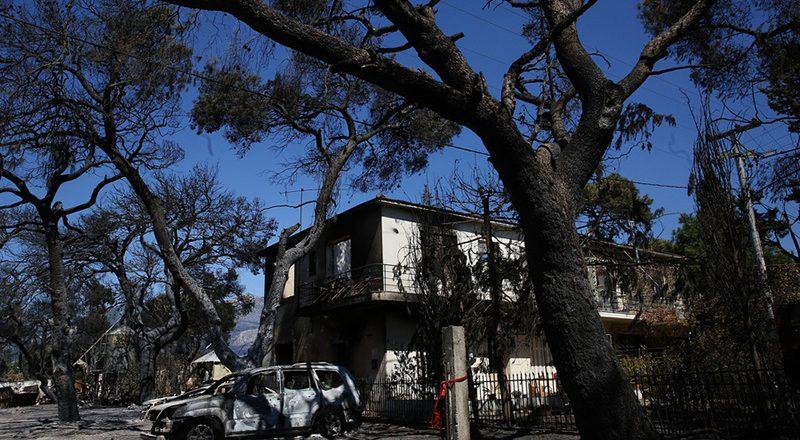 Περίπου 77 οι πληγείσες επιχειρήσεις από την μεγάλη πυρκαγιά στη Βαρυμπόμπη