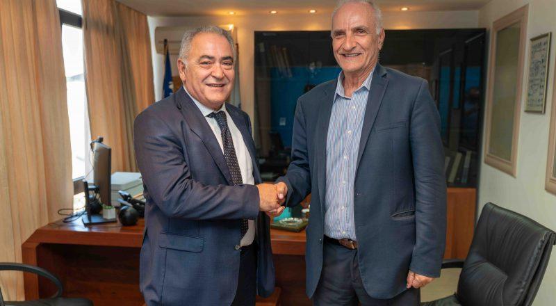 Συνάντηση του Προέδρου της ΚΕΕΕ με τον Γιώργο Βαρεμένο