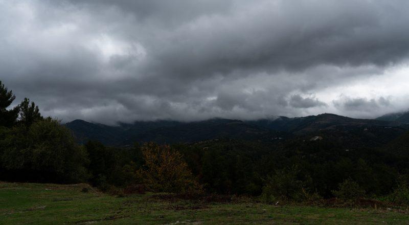 Τοπικές βροχές και καταιγίδες αναμένονται και σήμερα